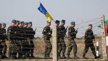 اوكرانيون يلتحقون بالجيش الروسي