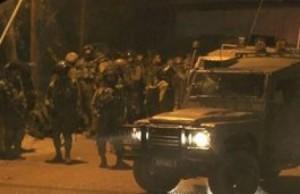 الاحتلال يعتقل قاصرين مقدسيين ومحام