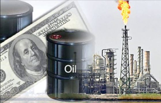 النفط والدولار